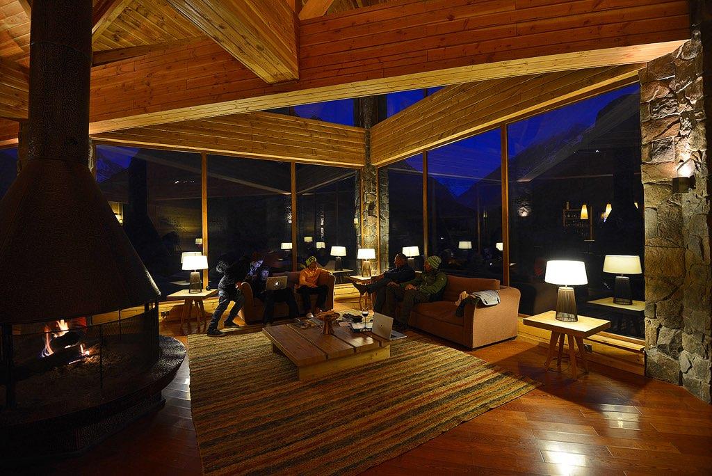 NOI Puma Lodge Bar Bar 2