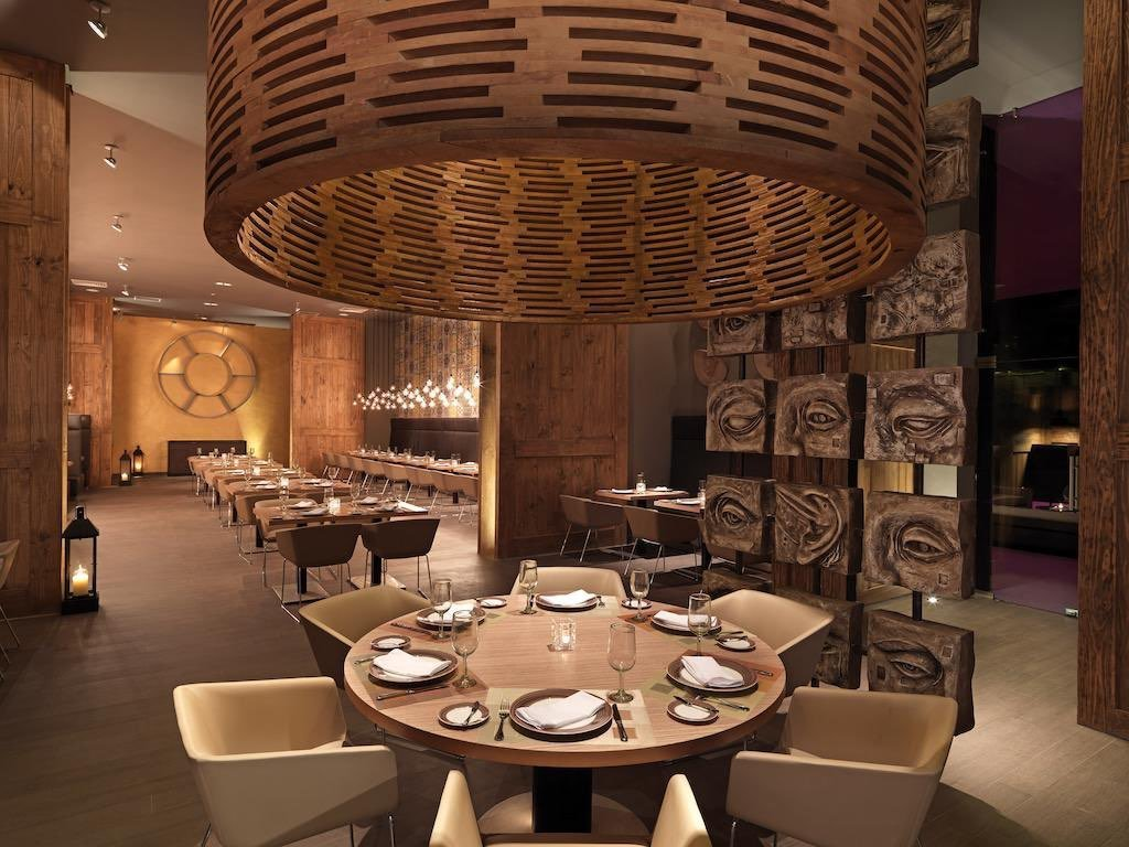 restaurant 2 2