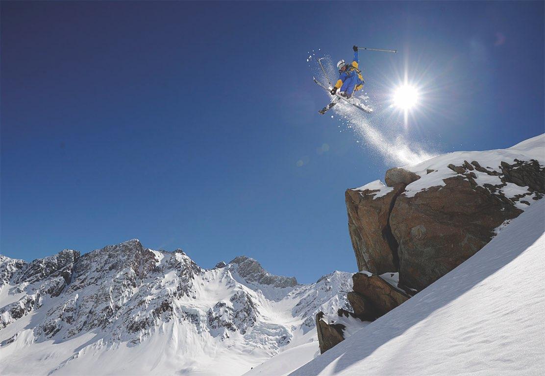 NOI Puma Lodge Heliski Ski 1