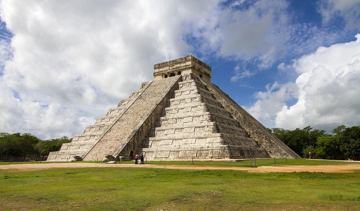 pyramid 3069192 1280