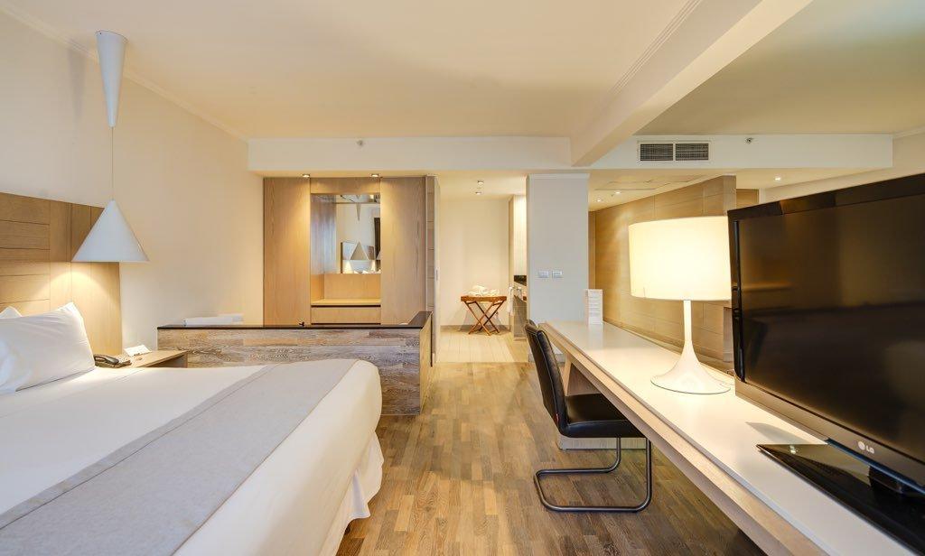 hotel pettra concepcion 16 1