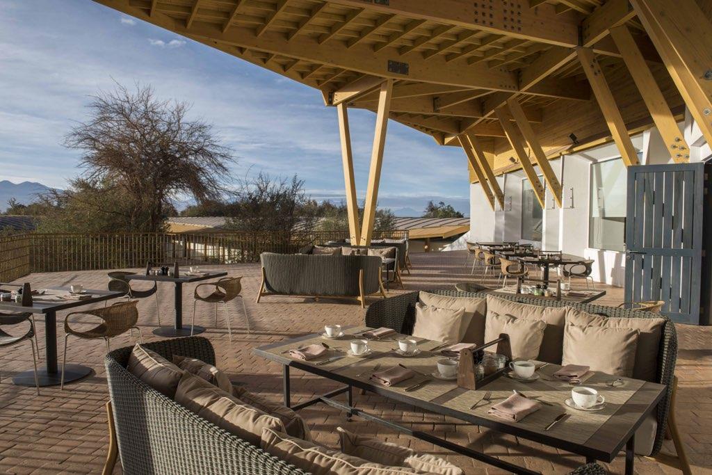 terrace dinning room